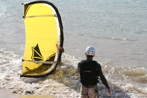 """Why every new kiter should """"Get a Lesson"""""""